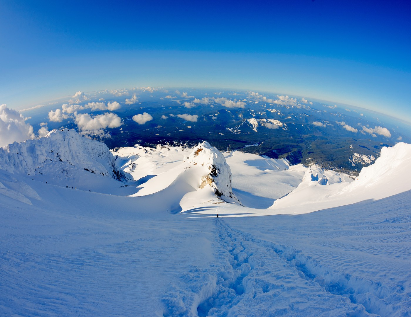 Mt. Hood, Descending to the Hogsback. Andrew Holman Photography